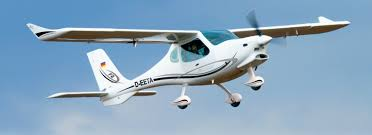 Flight Design F2e Makes First Public Flight