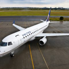 United Airlines buys Flight School for Scholarship Programme